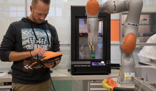 MakerBot-Kuka.PNG