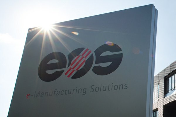 EOS logo sign