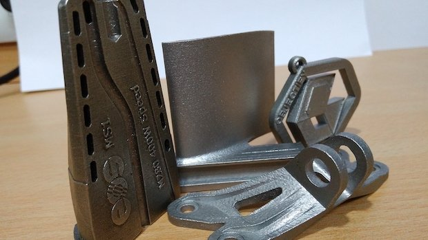 Objectify EOS metal prints