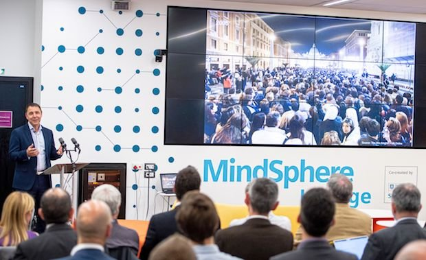 Brian Holliday, Siemens Digital Industry, launches Mindsphere.jpg