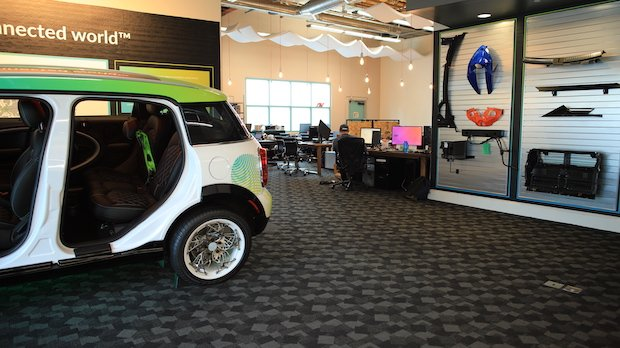 XponentialWorks Mini Workspace