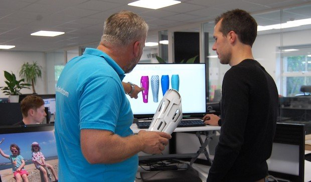 LIMB-Art teams up with Design Reality to 3D print prosthetic leg covers
