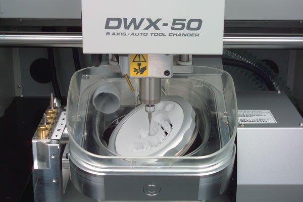 Roland_DWX-50_milling