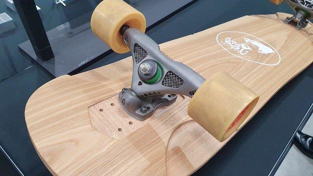 Mitsubishi skateboard