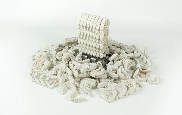 3d-systems-NextDent-5100-stacked-models-printed.jpg