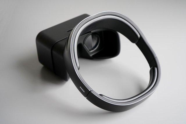 SEGA SAKURA - Craig McGarrell - VR Headset Full Photo.jpg
