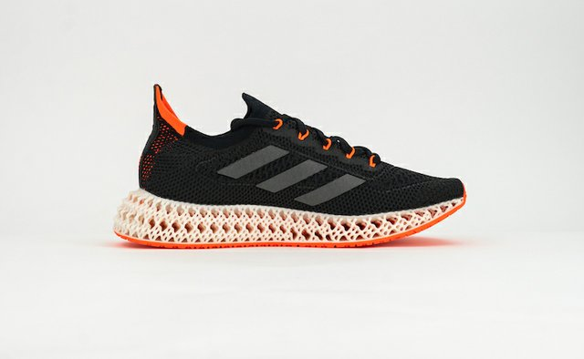 adidas 4DFWD with 3D printed midsole.jpg