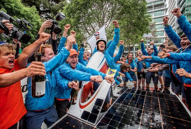 Nuna7 wins World Solar Challenge