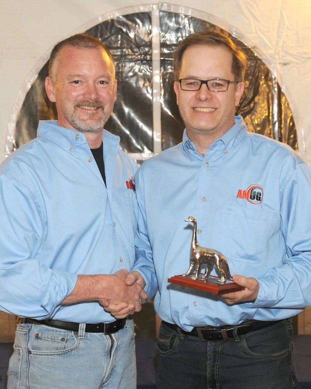 Mark Barfoot receives AMUG DINO award