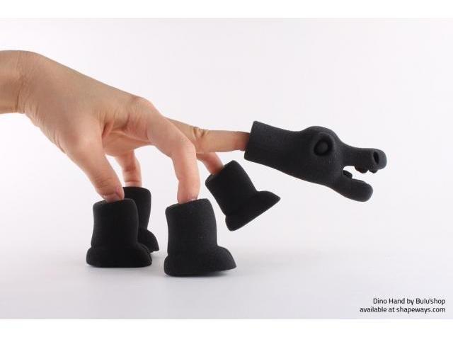 Dino Hand in Black Elasto from Shapeways