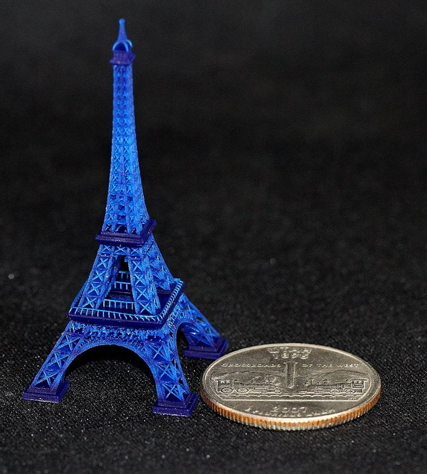MiiCraft Eiffel tower with size context