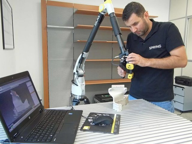 3D scanner in use