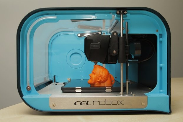 3D printing a hungry Clarkson on the Robox.jpg