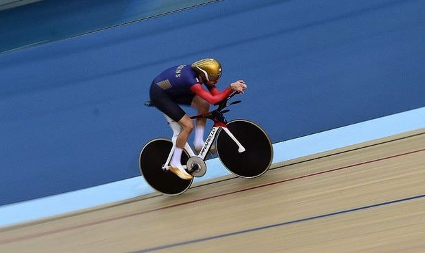 Bradley Wiggins in training for the one hour record