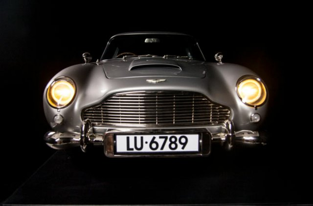 Propshop's Aston Martin DB5