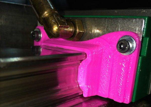Profile-Rail-Wiper-close-up.jpg