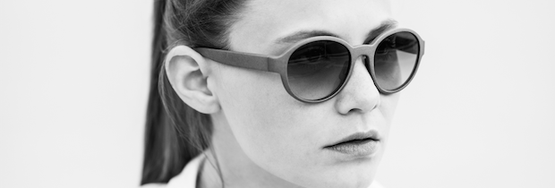 Model Powder & Heat 3D printed sunglasses