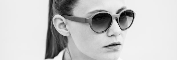 Model Powder & Heat 3D printed sunglasses