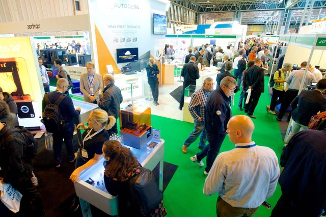 The busy TCT Show floor.jpg