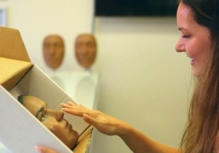 A patient receives a 3D printed mask from AVSAR Aesthetic Surgery Clinic.