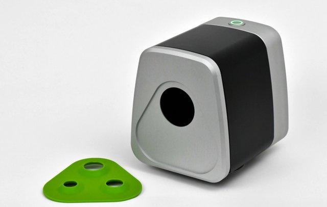 Desktop 3D Scanner by Fuel3d